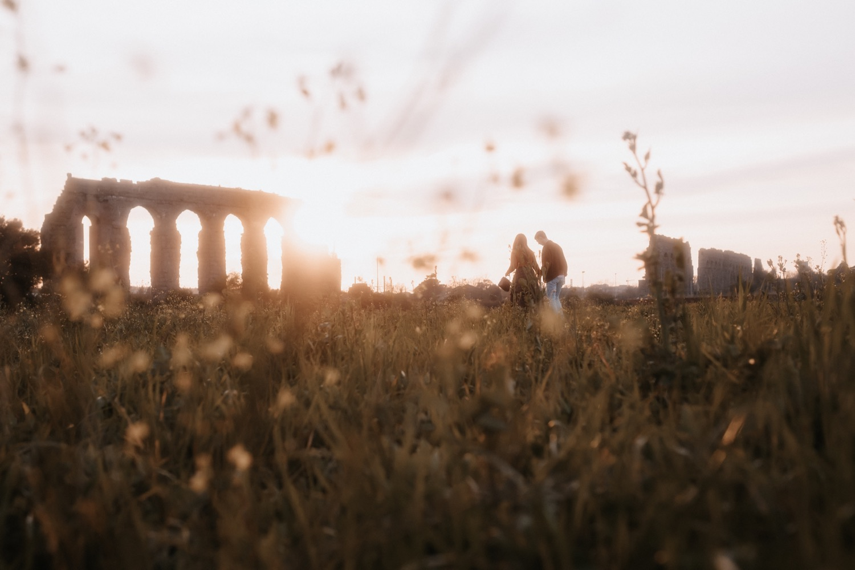 Couple photo shooting at Rome by Polj, Pietro & Vale